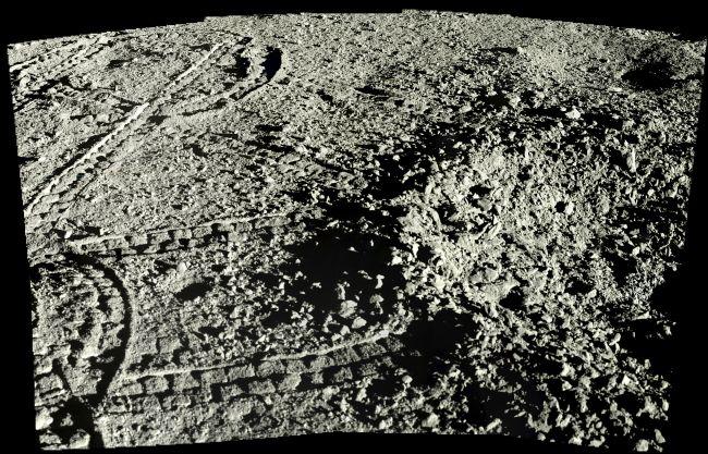 الجانب البعيد للقمر