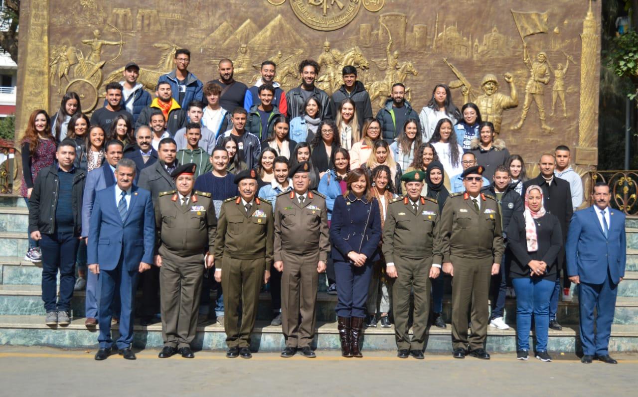 وزيرة الهجرة فى أكاديمية ناصر العسكرية