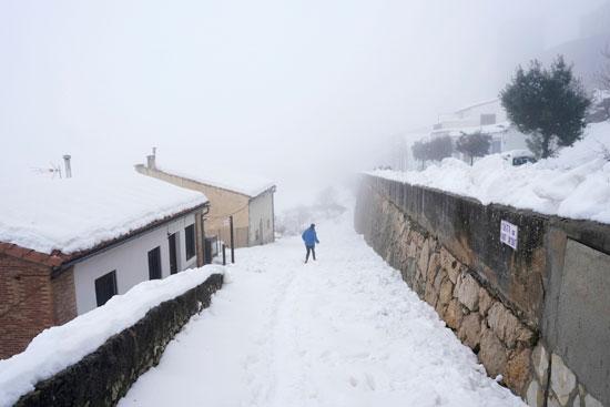 جانب من العاصفة الثلجية