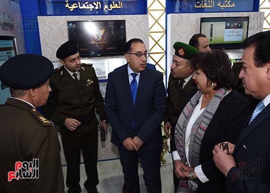مصطفى مدبولى يفتتح معرض القاهرة الدولى للكتاب (6)