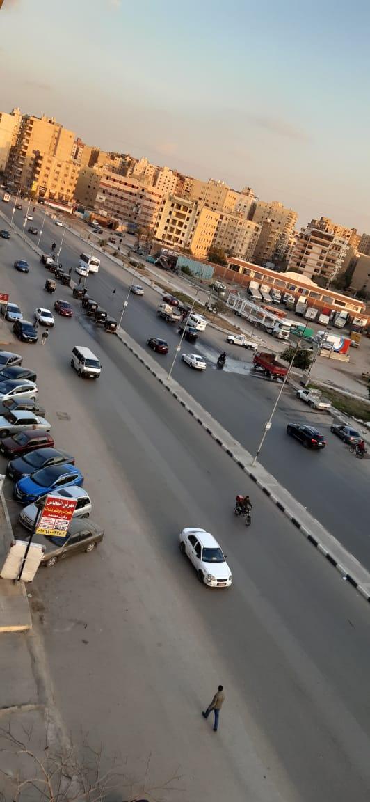 انتشار التكاتك وسير عكس الاتجاه بشارع الرئيسى مصطفي النحاس