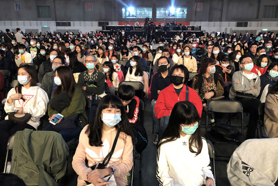 الكمامات-تهيمن-على-الصين