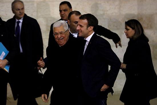 الرئيس ماكرون يزور رام الله ويلتقى الرئس عباس