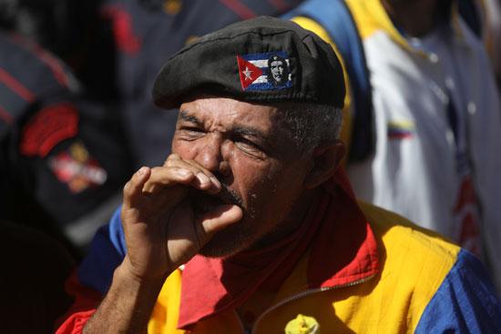 أحد مؤيدى مادورو