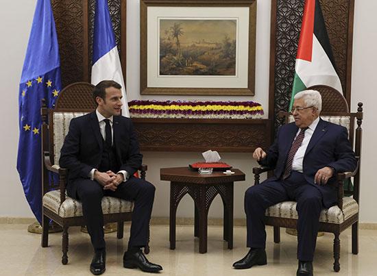 الرئيس الفلسطينى يعقد مع نظيره الفرنسى جلسة مباحثات