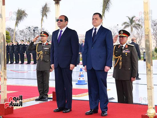 الرئيس ووزير لداخلية