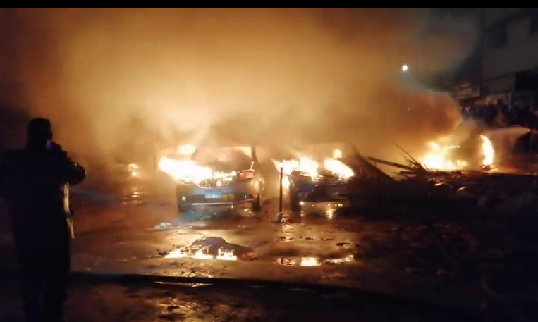 حريق جراج فيصل