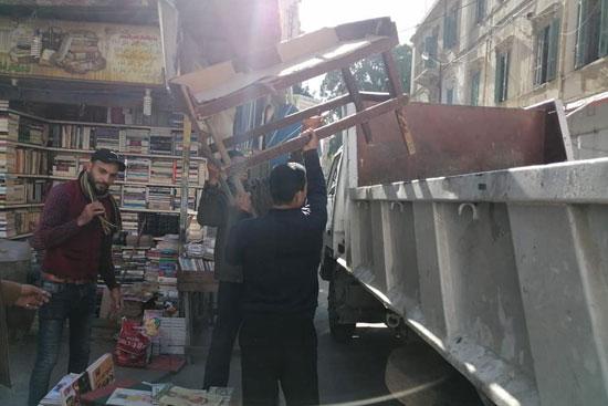 إهمال شارع النبى دانيال (1)