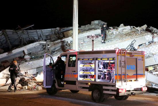 زلزال قوى يهز شرق تركيا (1)