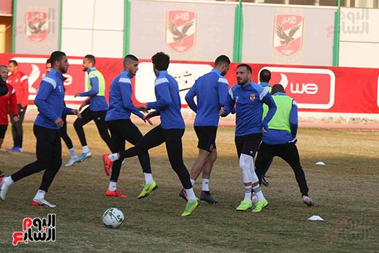 لاعبو الأهلى يستعدون لمواجهة النجم