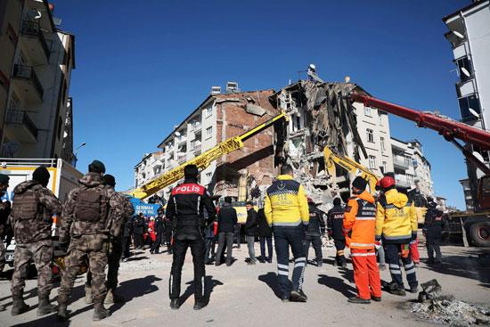 زلزال قوى يهز شرق تركيا (4)