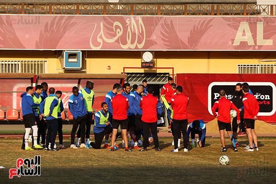 لاعبو الأهلى يخوضون التدريب الاخير قبل مواجهة النجم الساحلى