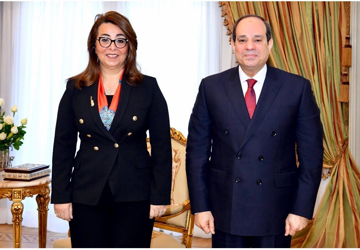 الرئيس عبد الفتاح السيسى يستقبل الدكتورة غادة والي (1)