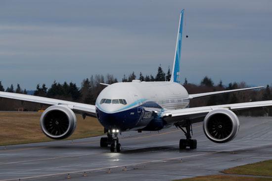 هبوط بوينج 777 إكس