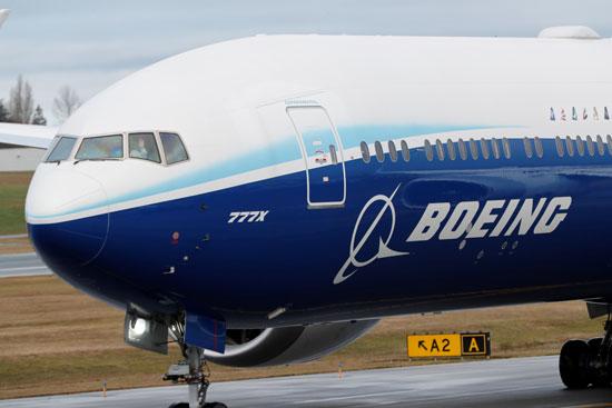 أكبر طائرة ركاب فى العالم تستكمل  رحلتها