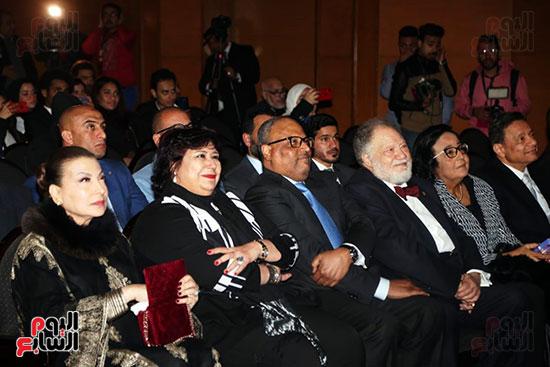 مهرجان أبوظبى يكرم يحيى الفخرانى (14)