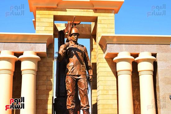 الأقصر-تكرم-تاريخ-48-بطل-في-أول-نصب-تذكاري-بتاريخ-المحافظة-(31)