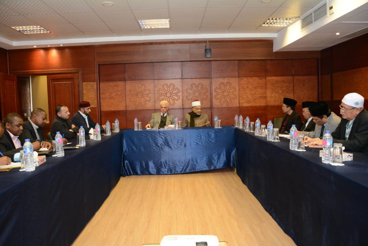 عبد الفضيل القوصي يلتقي برؤساء فروع منظمة خريجى الأزهر بالخارج (2)