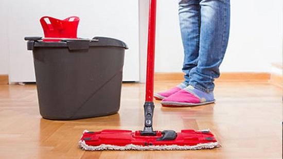 خطوات تنظيف الأرضية