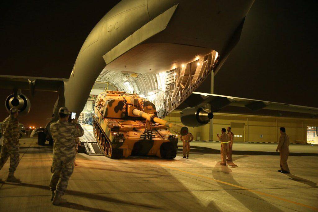 دبابة تركية تصل ضمن القوات التركية