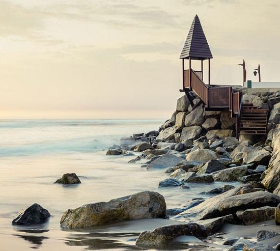 الصورة بعنوان البحر والبشر، لمصور من بيرو ديفيد مارتن