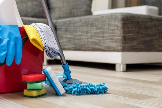 تنظيف الأريكة