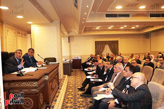 اجتماع لجنة الخطة والموازنة (3)