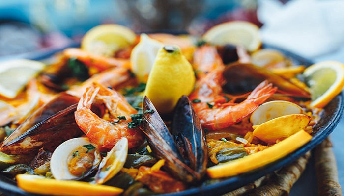 المحار والمأكولات البحرية