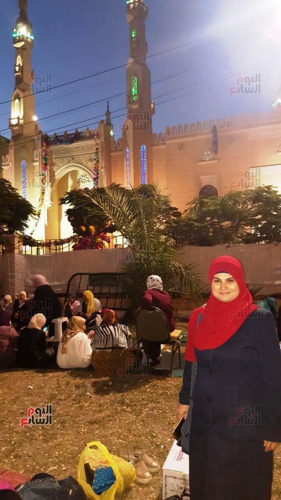 هالة طفلة فيلم الحفيد ، ميرفت العايدى فى فيلم الحفيد (3)