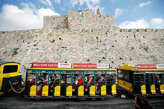 جولة لمجموعة من مختلف أنحاء العالم فى القدس