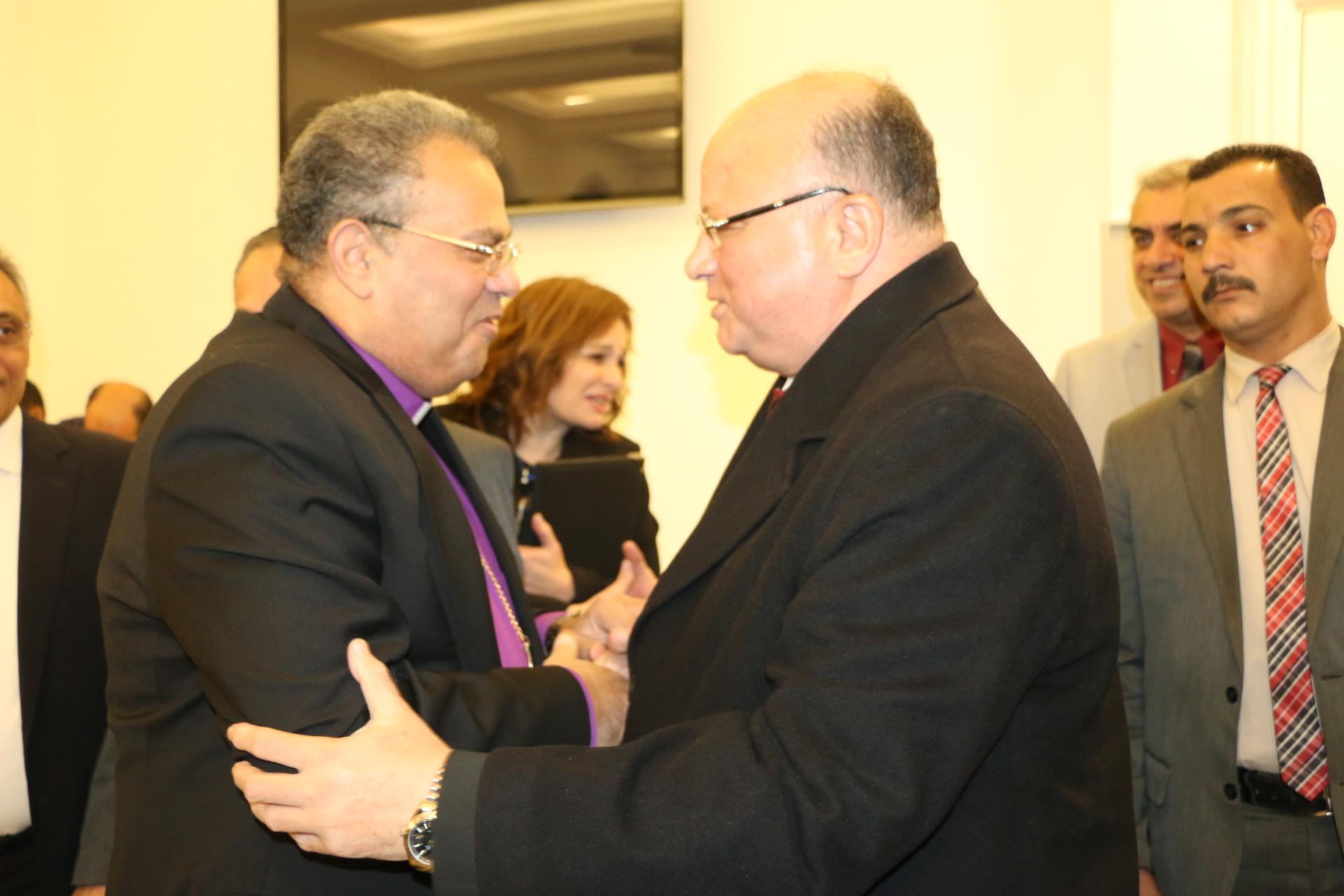 محافظ القاهرة يشارك الأرمن الأرثوذكس والطائفة الإنجيلية احتفالات عيد الميلاد المجيد  (1)