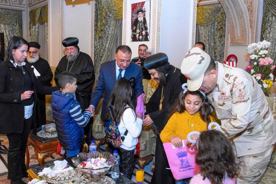 أجواء بهجة واطمئنان على وقع ترانيم عيد الميلاد المجيد (13)