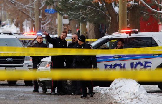 الشرطة الكندية تفرض طوقا أمنيا