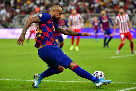 فيدال-لاعب-برشلونة