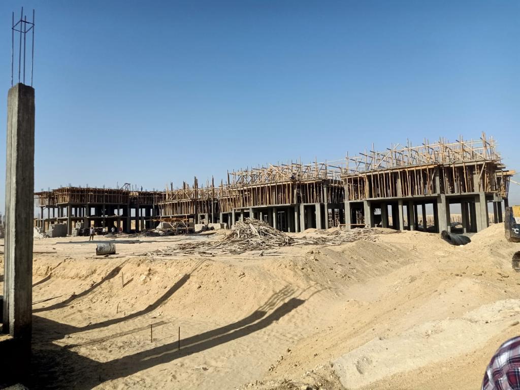 صب أسقف الدور الثالث علوي بعماراتالإسكان المتميز