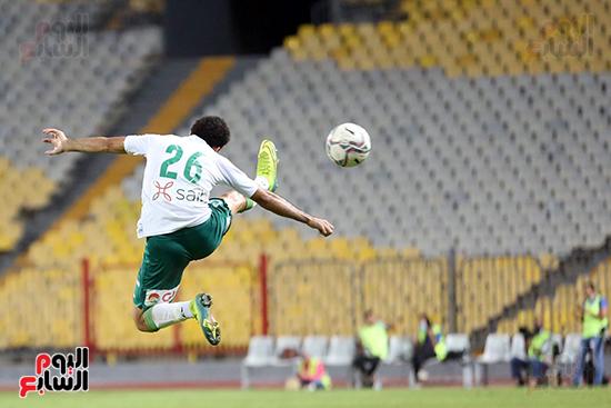 كرة هوائية للاعب المصري