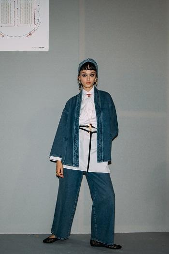 كواليس عرض أزياء Christian Dior (1)