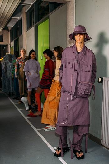 كواليس عرض أزياء Kenzo (5)