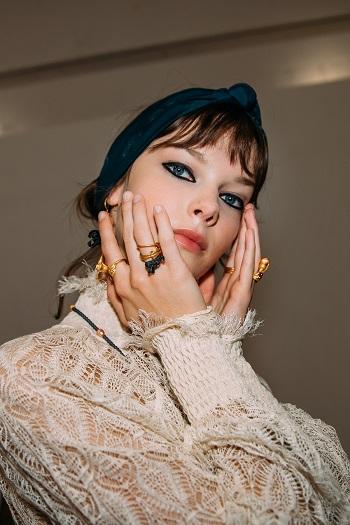 كواليس عرض أزياء Christian Dior (4)