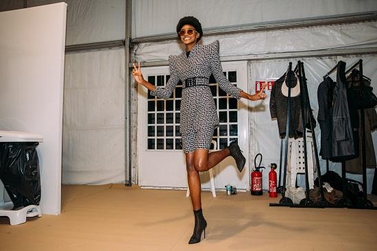 كواليس عرض أزياء  Balmain (2)