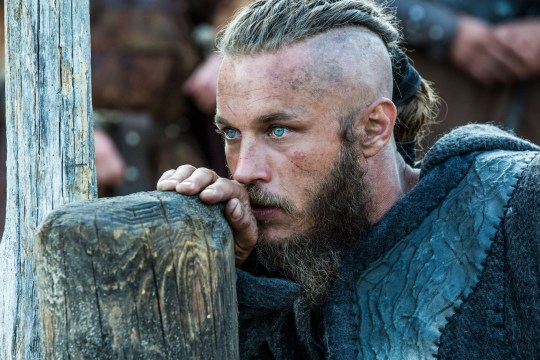ترافيس فيميل في vikings