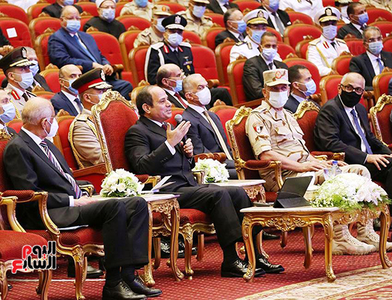 الرئيس السيسي يؤكد أن ما حققته مصر فى 6 سنوات تجاوز عمل 20عاما