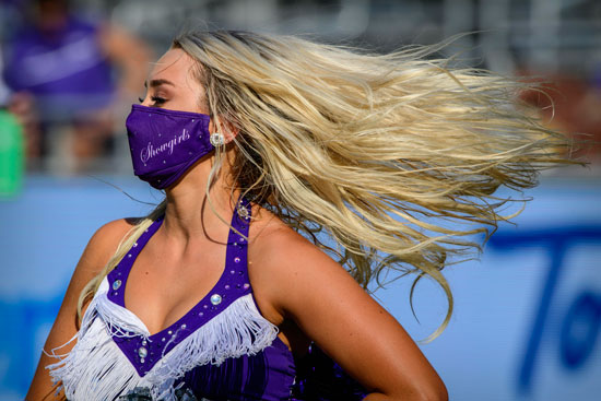 2020-10-11T001821Z_1409659803_NOCID_RTRMADP_3_NCAA-FOOTBALL-KANSAS-STATE-AT-TEXAS-CHRISTIAN