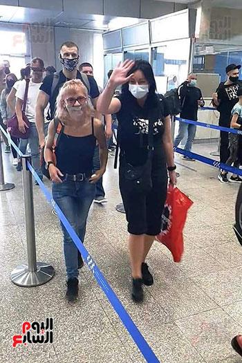مطار شرم الشيخ الدولى يستقبل رحلة قادمة من بولندا (5)