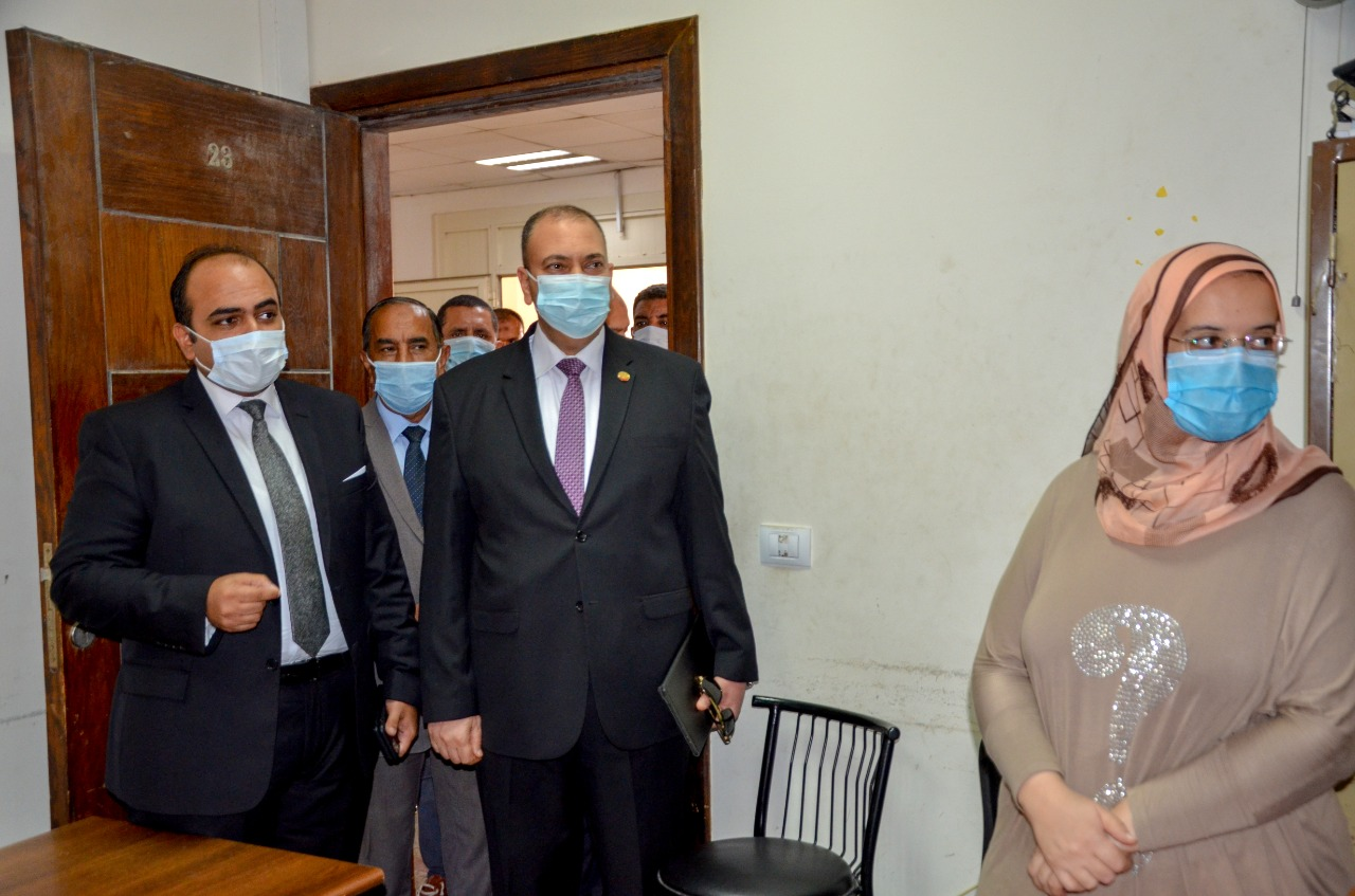 نائب محافظ الاسكندرية (3)