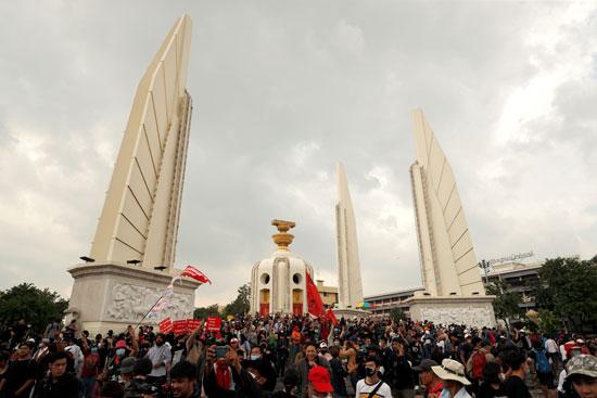 حشود كبيرة فى بانكوك