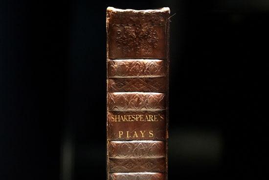 مسرحيات شكسبير النادرة يطلق عليها المطوية الأولى