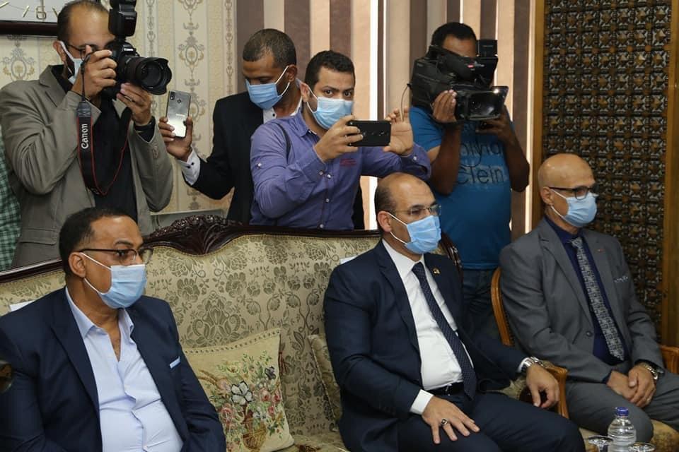 محافظ السويس يستقبل وزير الأوقاف ومفتى الجمهورية لافتتاح 5 مساجد (9)