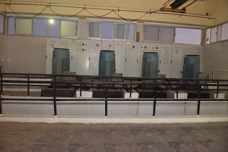 محافظ أسيوط يتفقد محطة معالجة صرف صحى منفلوط  (3)
