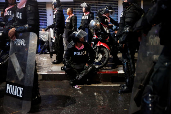 مظاهرات تايلاند (2)